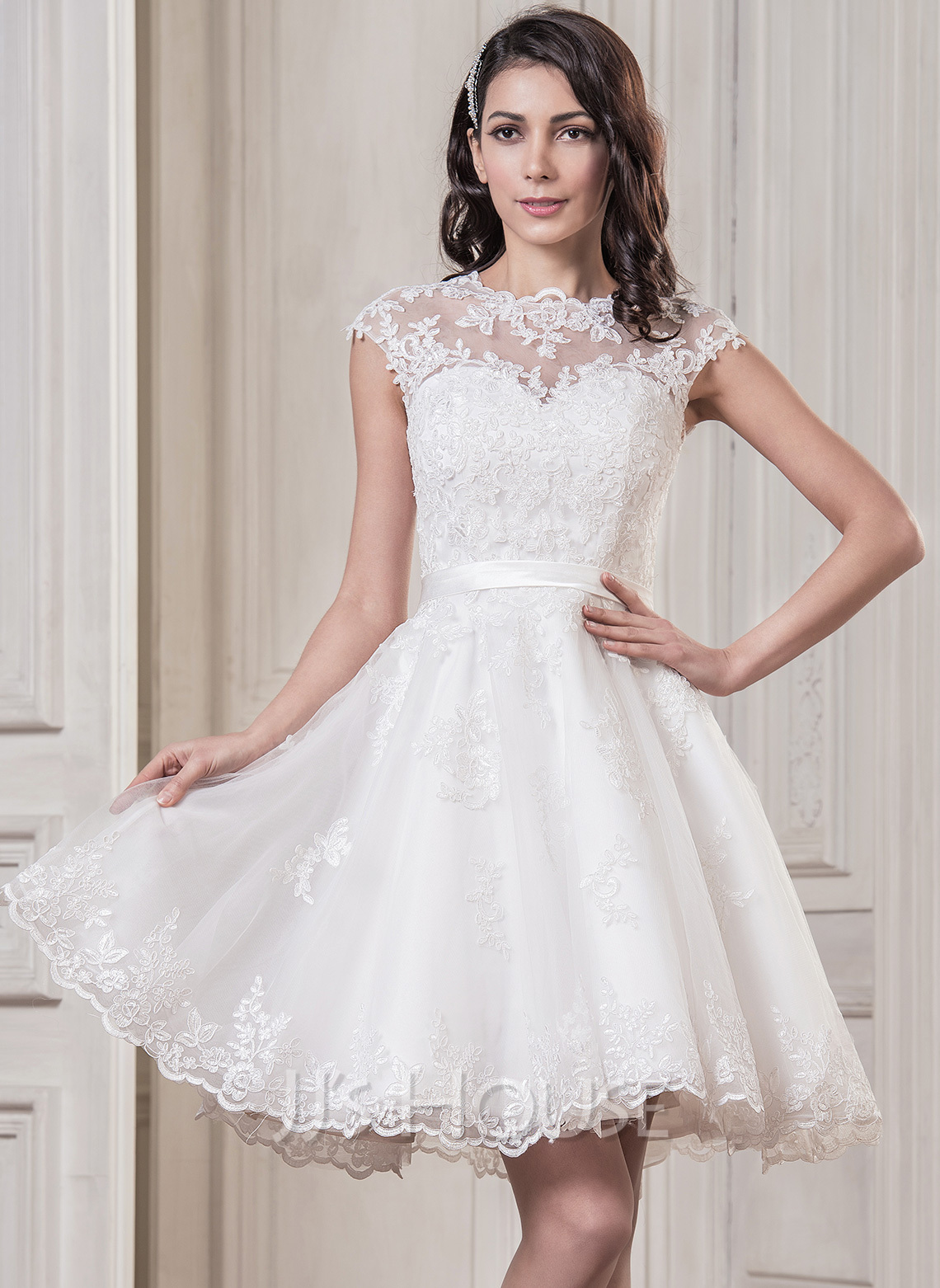 Line/Princess Scoop Neck Knee-Length Tulle Wedding Dress With ...