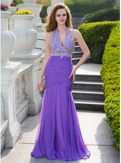 Trumpet/Mermaid Halter Floor-Length Chiffon Prom Dress With Ruffle Beading