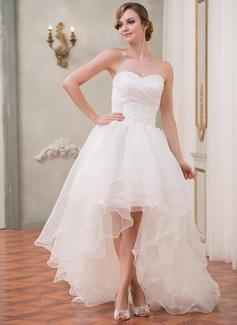 Corte A/Princesa Escote corazón Asimétrico Organdí Vestido de novia con Volantes Bordado Lentejuelas
