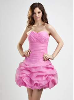 A-Line/Princess Sweetheart Short/Mini Organza Homecoming Dress With Ruffle