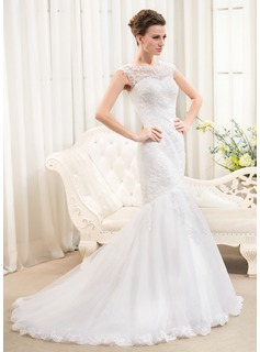 Trumpet/Mermaid Scoop Neck Sweep Train Court Train Tulle Lace Wedding Dress With Beading Sequins