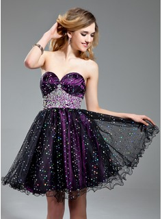 A-Line/Princess Sweetheart Short/Mini Tulle Charmeuse Homecoming Dress With Ruffle Beading