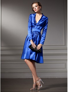 A-Line/Princess V-neck Knee-Length Charmeuse Cocktail Dress With Ruffle Bow(s)