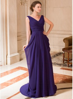 A-Line/Princess V-neck Court Train Chiffon Mother of the Bride Dress With Ruffle (008024441)