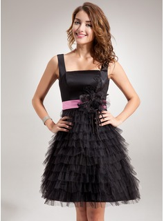 A-Line/Princess Square Neckline Short/Mini Tulle Charmeuse Homecoming Dress With Lace Sash Flower(s)