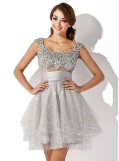 A-Line/Princess Scoop Neck Short/Mini Tulle Charmeuse Prom Dress With Ruffle Beading Sequins