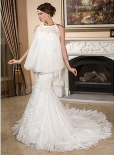 Trumpet/Mermaid Sweetheart Chapel Train Satin Tulle Wedding Dress With Lace