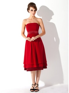 A-Line/Princess Strapless Knee-Length Chiffon Charmeuse Maternity Bridesmaid Dress With Ruffle