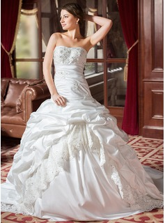 Ball-Gown Sweetheart Chapel Train Taffeta Lace Wedding Dress With Ruffle Beadwork (002004436)