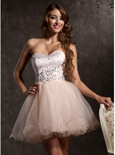 A-Line/Princess Sweetheart Short/Mini Satin Tulle Homecoming Dress With Lace Beading
