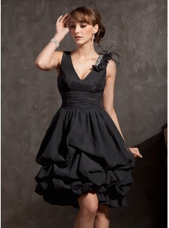 A-Line/Princess V-neck Knee-Length Chiffon Lace Cocktail Dress With Ruffle Beading Feather (016014834)