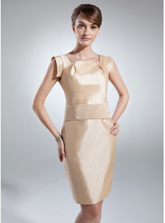 Sheath/Column Knee-Length Taffeta Mother of the Bride Dress With Ruffle