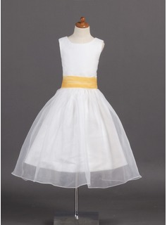 A-Line/Princess Scoop Neck Tea-Length Organza Satin Flower Girl Dress With Sash