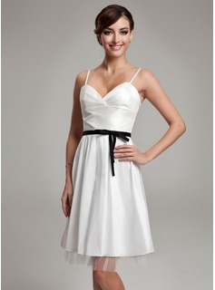 A-Line/Princess Sweetheart Knee-Length Taffeta Tulle Wedding Dress With Ruffle Sash Bow(s)