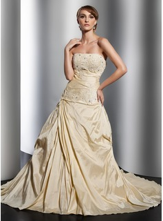 A-Line/Princess Strapless Chapel Train Taffeta Wedding Dress With Ruffle Lace Beading