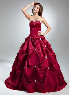 Ball-Gown Sweetheart Chapel Train Satin Quinceanera Dress With Beading