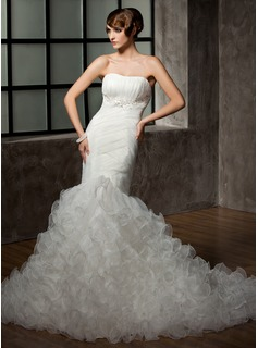 Trumpet/Mermaid Sweetheart Chapel Train Organza Wedding Dress With Beading Appliques Lace Cascading Ruffles