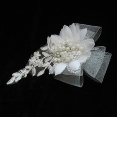 Glamourous Pearl Lace Tulle Fascinators