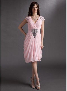 Sheath V-neck Knee-Length Chiffon Cocktail Dress With Ruffle Beading (016016275)