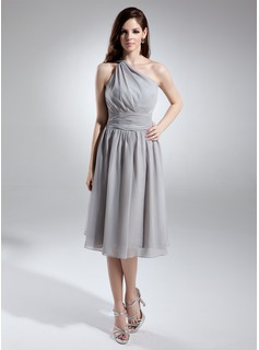 A-Line/Princess One-Shoulder Knee-Length Chiffon Bridesmaid Dress With Ruffle (007015679)