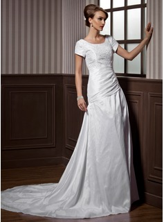 A-Line/Princess Scoop Neck Chapel Train Taffeta Wedding Dress With Ruffle Lace Beadwork