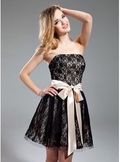 A-Line/Princess Strapless Short/Mini Charmeuse Lace Homecoming Dress