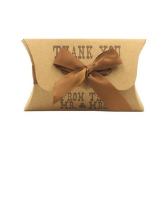 Elegant Favor Boxes With Ribbons (Set of 12)