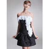 A-Line/Princess Strapless Short/Mini Taffeta Cocktail Dress With Ruffle Flower(s)