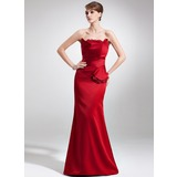 Sheath Scalloped Neck Court Train Satin Mother of the Bride Dress With Lace