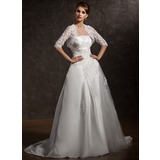 A-Line/Princess Strapless Court Train Satin Tulle Wedding Dress With Ruffle Lace Beadwork (002011534)