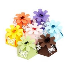 Smiling Flower Pyramid Favor Boxes (Set of 12)