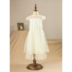 A-Line/Princess Knee-length Flower Girl Dress - Tulle/Lace/Composites Short Sleeves Scoop Neck With Ruffles/Lace