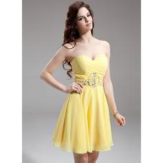 A-Line/Princess Sweetheart Knee-Length Chiffon Homecoming Dress With Ruffle Beading Sequins