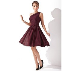 A-Line/Princess One-Shoulder Knee-Length Chiffon Bridesmaid Dress With Ruffle Bow(s)