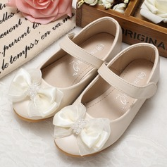 Girl's Leatherette Flat Heel Closed Toe Flats With Beading Bowknot (207102008)