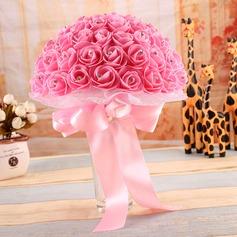 Delicate Round Satin/PE Bridal Bouquets