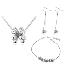 Shining Alloy Gold Plated With Imitation Crystal Ladies' Jewelry Sets