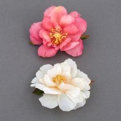 Schöne Stoff Blumen und Federn