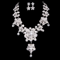 Flower Shaped Alloy/Rhinestones Women's Jewelry Sets