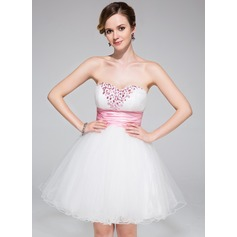 A-Line/Princess Sweetheart Short/Mini Tulle Homecoming Dress With Ruffle Sash Beading