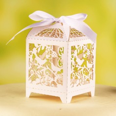 """""""Birds On Branch"""" Favor Boxes With Ribbons (Set of 12)"""