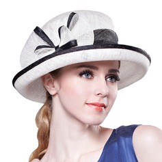 Ladies' Beautiful Net Yarn Bowler/Cloche Hat