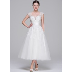 A-Line/Princess Sweetheart Tea-Length Tulle Wedding Dress With Ruffle Beading Appliques Lace Sequins