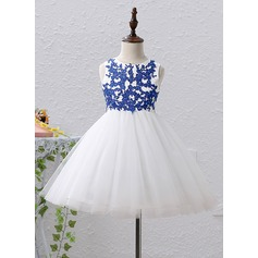 A-Line/Princess Knee-length Flower Girl Dress - Satin/Tulle Sleeveless Scoop Neck With Appliques/Sequins/Rhinestone