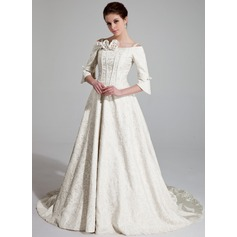 Forme Princesse Epaules nues Traîne mi-longue Charmeuse Robe de mariée avec Plissé Emperler Fleur(s)