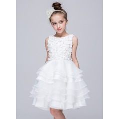 A-Line/Princess Knee-length Flower Girl Dress - Polyester Sleeveless Scoop Neck With Appliques