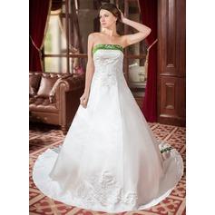Forme Princesse Sans bretelle Traîne royale Satiné Robe de mariée avec Broderie Ceintures Emperler