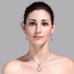 Exquisite Alloy/Crystal Ladies' Jewelry Sets