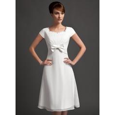 A-Line/Princess Sweetheart Knee-Length Chiffon Bridesmaid Dress With Ruffle Beading Bow(s)