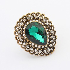 Gorgeous Alloy With Imitation Crystal Ladies' Fashion Rings